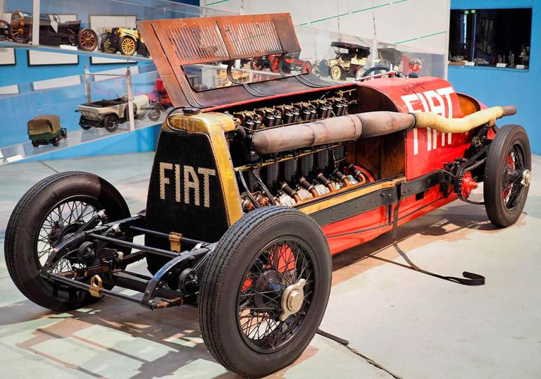 Fiat Mephistopheles fue un cazarecords del pasado siglo