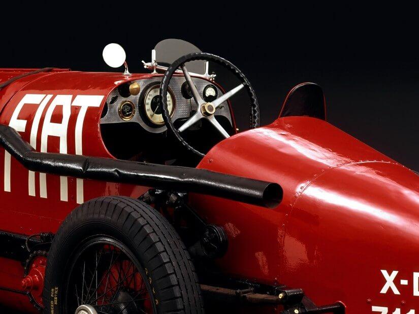 El cockpit del Fiat Mephistoles era totalmente básico