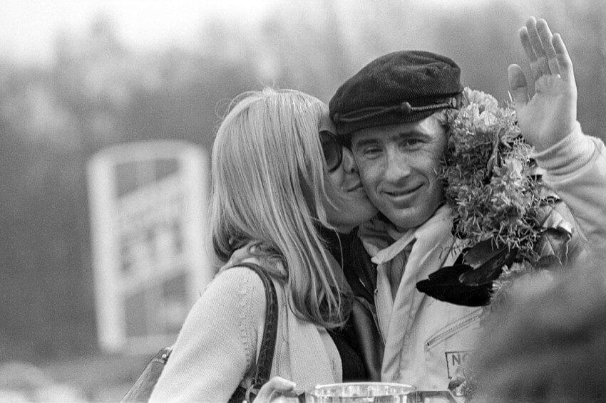 Helen, su mujer, siempre estaba apoyando a Jackie Stewart