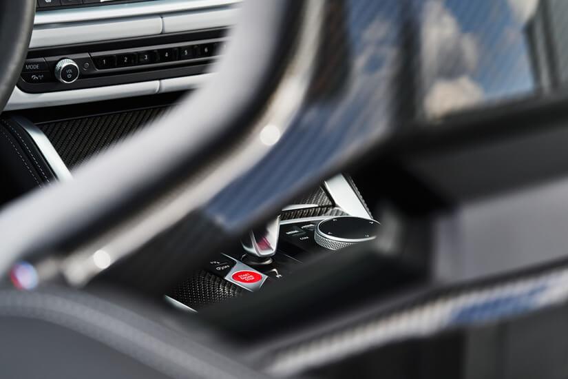 BMW M4 Competition Cabrio interior