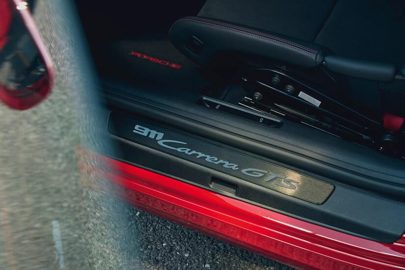 911 GTS ENTRADA