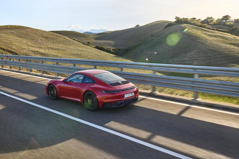 911 GTS EN ROJO
