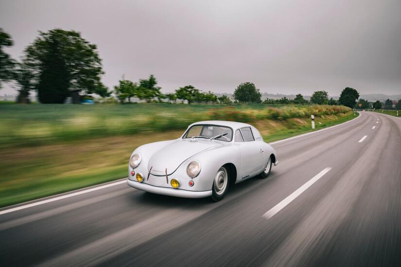 Porsche en Le Mans en movimiento