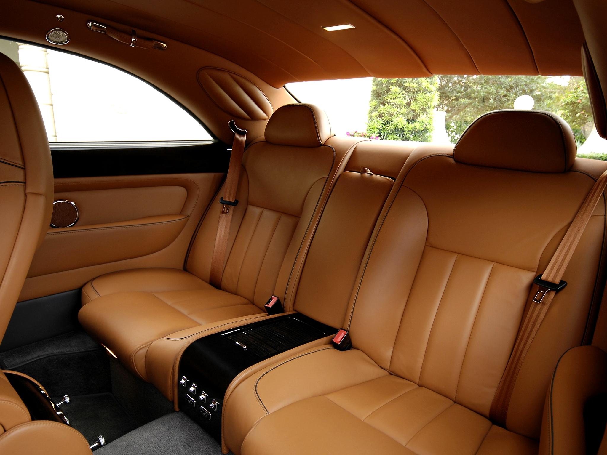 Bentley Brooklands interior trasera