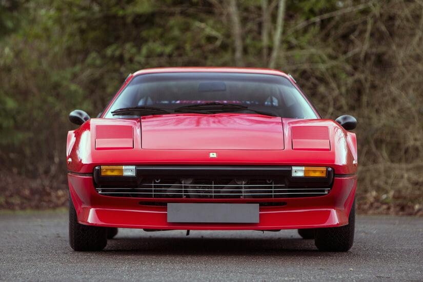 Ferrari 208 GTB Turbo morro