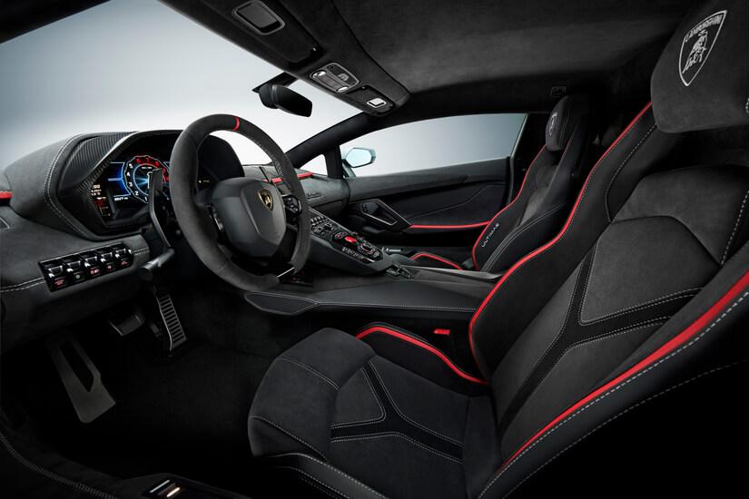 Lamborghini Aventador LP 780-4 Ultimae interior