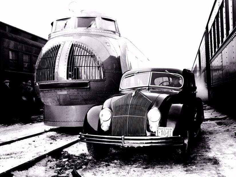 Chrysler Airflow con tren