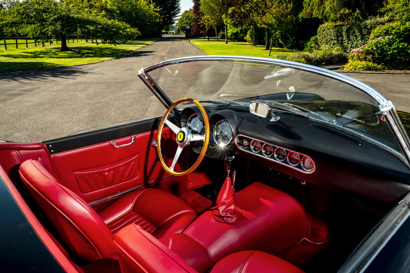 Ferrari 250 GT California Spyder interior