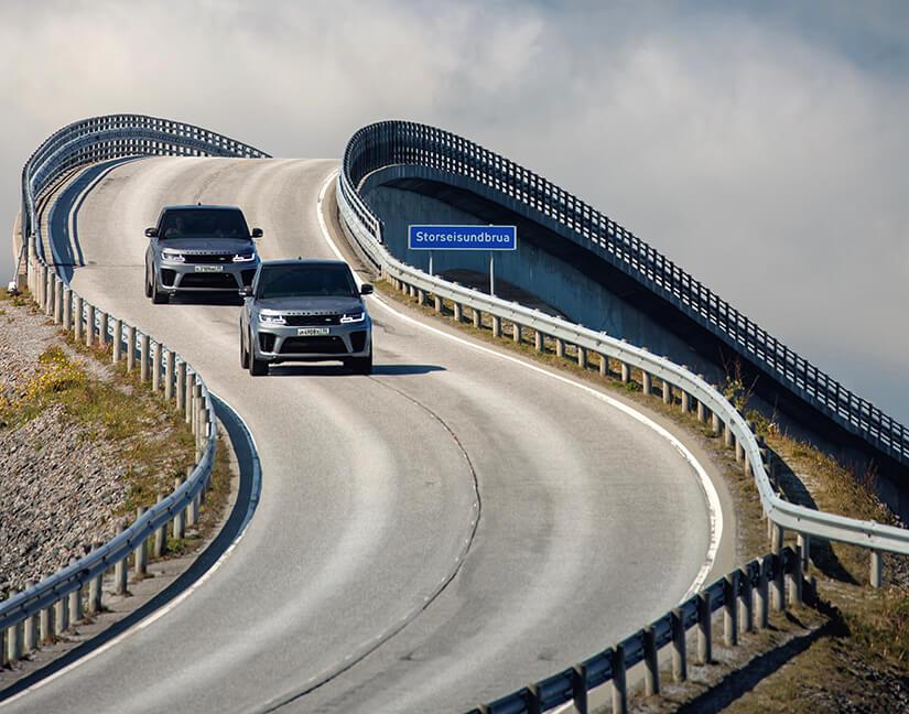 Range Rover Sport SVR James Bond presecución