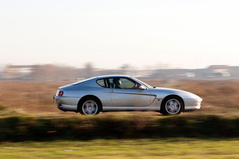 Ferrari 456 GT lateral