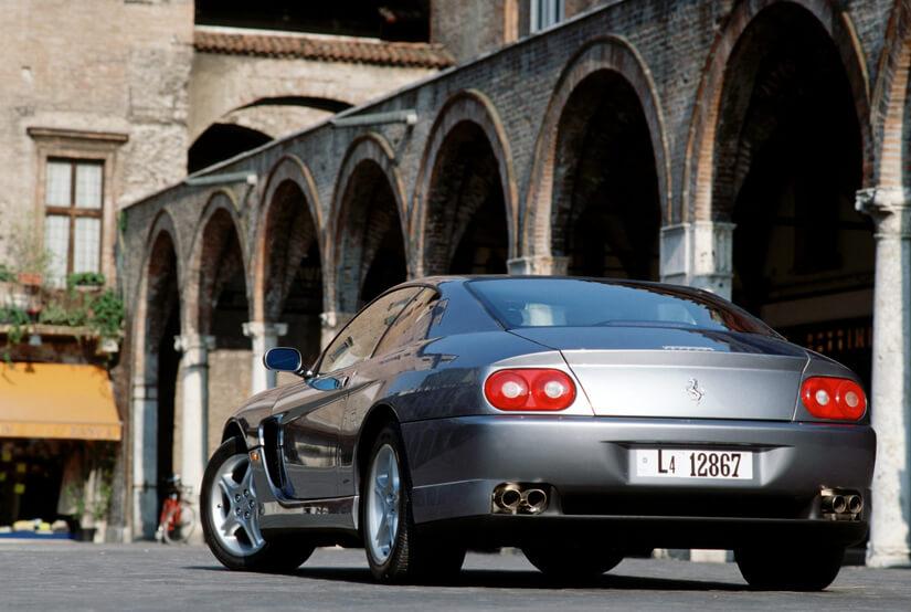 Ferrari 456 GT atras