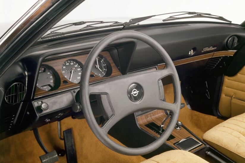 Opel Rekord D interior